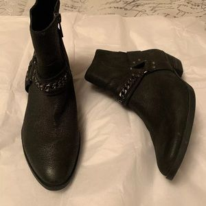 Vince Camuto booties boots